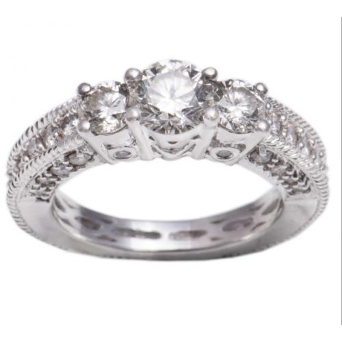 18kt Diamond Ring Big Center Diamond